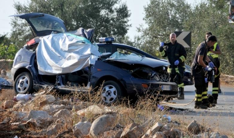 Doi ROMÂNI MORȚI și unul grav rănit într-un accident rutier produs în Italia