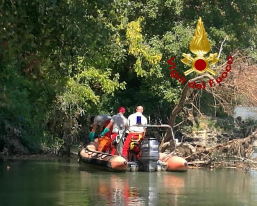 Descoperire MACABRĂ la Roma: cadavrul unui român a fost găsit în râul Tibru