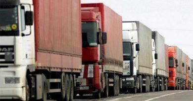 Criza șoferilor de camioane a impus închiderea benzinăriilor şi afectează aprovizionarea în Marea Britanie