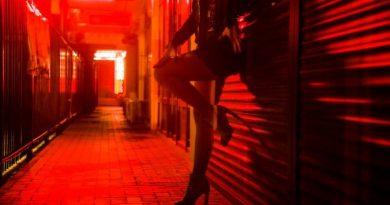 CARACAL: Pusă de unchi să fure și să se prostitueze în Spania, o minoră a ajuns pe mâna clanurilor de traficanți