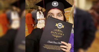 Absolventă de informatică a Universității Babeș – Bolyai, premiată de Organizația Europeană pentru Cercetări Nucleare