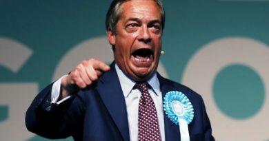 """Nașul BREXIT-ului: """"Nu vom ieşi din Uniunea Europeană la 31 octombrie"""""""