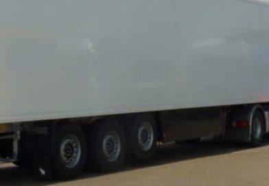 Șofer român de TIR, prins în Olanda cu remorcă belgiană furată din Anglia