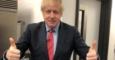 Boris Johnson amenință cu o a treia carantină națională dacă britanicii ignoră restricțiile