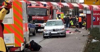GERMANIA: O mașină a intrat în mulțime în timpul unui carnaval. Zeci de răniți