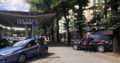 ITALIA: Amendă de 50.000 de euro și peste trei ani de închisoare pentru un traficant român de migranți