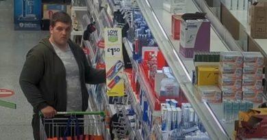 MAREA BRITANIE: O bandă de români care a sustras bunuri de 160.000 £, după gratii – VIDEO